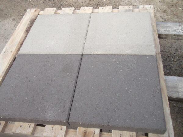 Oprindeligt 40x40x5 cm flise – Astrup Cementstøberi A/S IE54