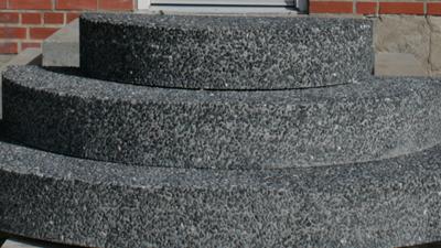 fril sort granit1